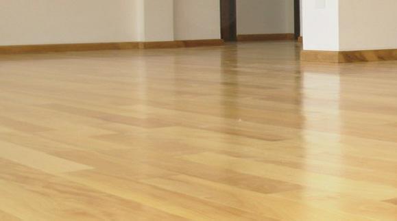 Pisos de madera venta e instalacion de pisos de madera for Piso laminado de madera